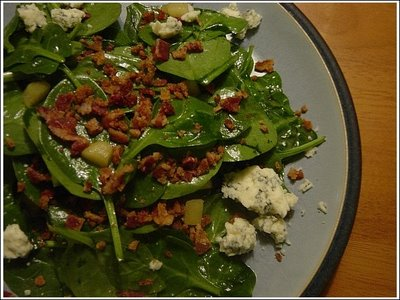 spinach salad with warm bacon spinach and bacon dressing spinach salad ...